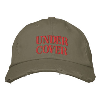 UNDER COVER EMBROIDERED BASEBALL CAP
