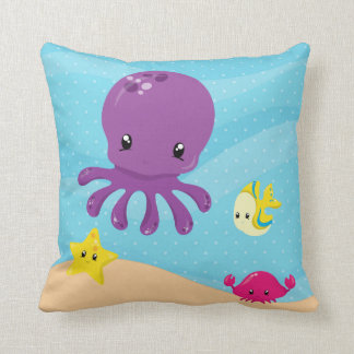 Underwater animals throw pillow
