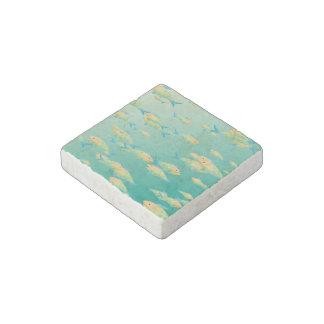 Underwater scene stone magnet