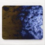 Undulatus azul brillante del cirrocúmulo y Br oscu Tapete De Raton