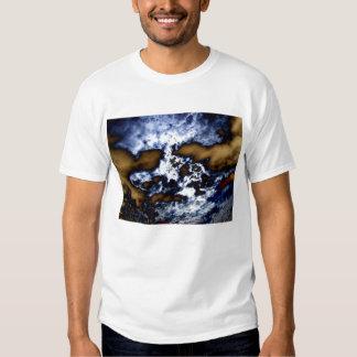 Undulatus del cirrocúmulo y clo surrealistas de la camisas