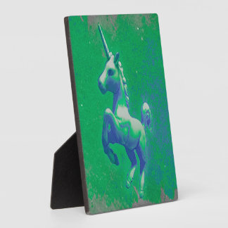Unicorn Tabletop Plaque 5.25in (Glowing Emerald)