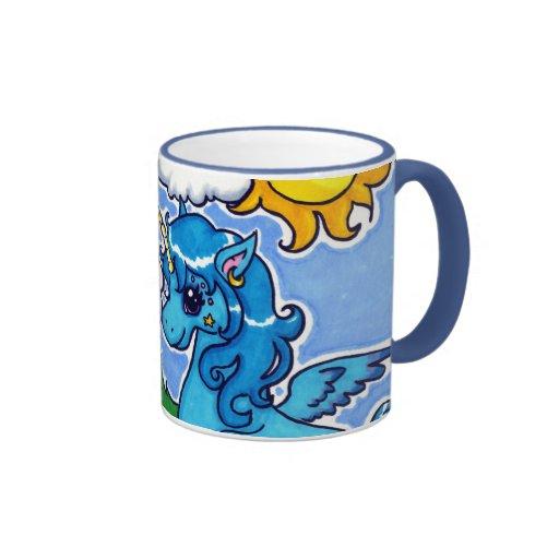 Unicornio azul que vuela con el arco iris taza de café