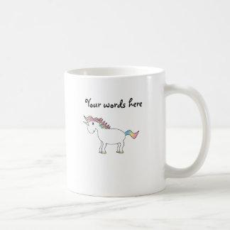 Unicornio blanco lindo del arco iris taza de café