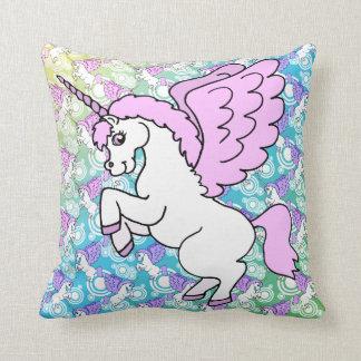 Unicornio blanco y rosado cojín