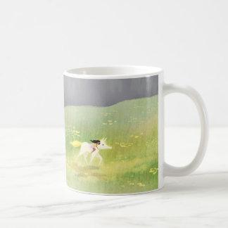 Unicornio de la primavera taza básica blanca