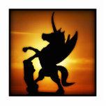 Unicornio de la puesta del sol escultura fotográfica