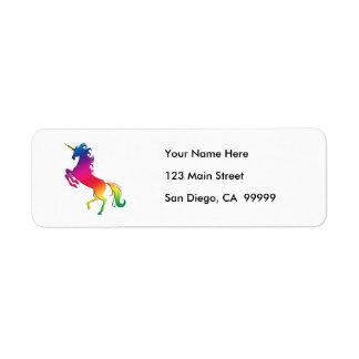 Unicornio del arco iris con el cuerno del oro etiquetas de remite