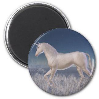 Unicornio del invierno - corriendo imán redondo 5 cm