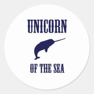 Unicornio del mar (Narwhal) Etiqueta Redonda