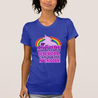 Unicornio delusional divertido vintage apenado camiseta
