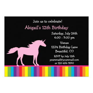 Unicornio e invitación del cumpleaños del arco iri