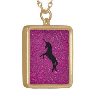 unicornio en brillo rosado colgante cuadrado