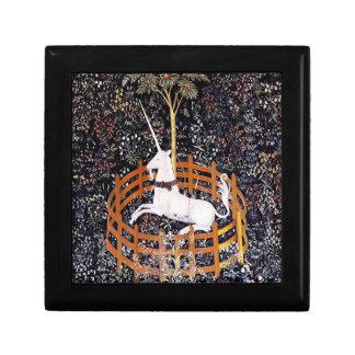 Unicornio en caja de regalo del cautiverio joyero cuadrado pequeño