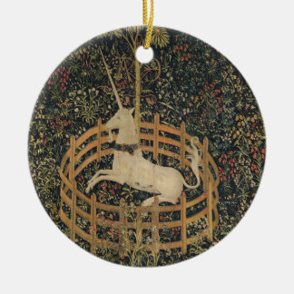 Unicornio en cautiverio adorno navideño redondo de cerámica