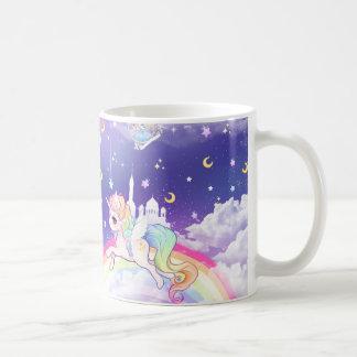 Unicornio en colores pastel del kawaii lindo con tazas de café