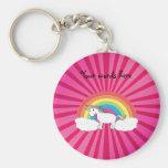 Unicornio en resplandor solar rosado de las nubes llaveros