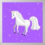 Unicornio encantador en fondo y estrellas púrpuras posters