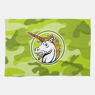 Unicornio enojado; camo verde claro, camuflaje toalla de cocina