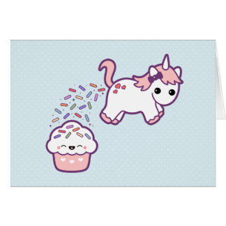 Unicornio lindo con la magdalena tarjeta de felicitación