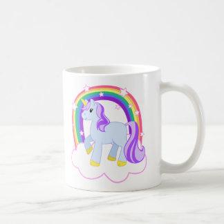 Unicornio mágico lindo con el arco iris (personali tazas