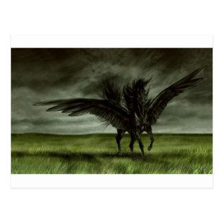 Unicornio negro en campo abierto tarjeta postal