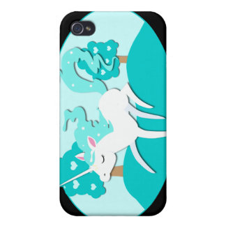Unicornio Prancing en bosque verde iPhone 4 Cárcasa