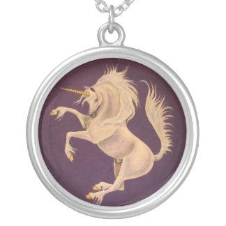 Unicornio púrpura colgante redondo
