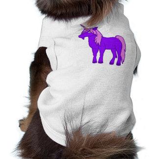 Unicornio púrpura con la melena rosada playera sin mangas para perro