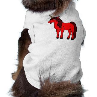 Unicornio rojo con la melena oscura playera sin mangas para perro
