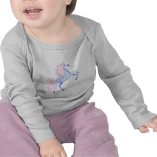 unicornio rosado bonito de la melena camisetas