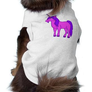 Unicornio rosado con la melena púrpura playera sin mangas para perro