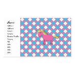 Unicornio rosado en fondo del argyle tarjetas de visita