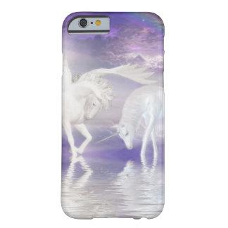 Unicornio y fantasía hermosos de Pegaso Funda Para iPhone 6 Barely There