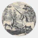 Unicornio y macho pegatina redonda