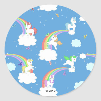 Unicornios juguetones pegatina redonda