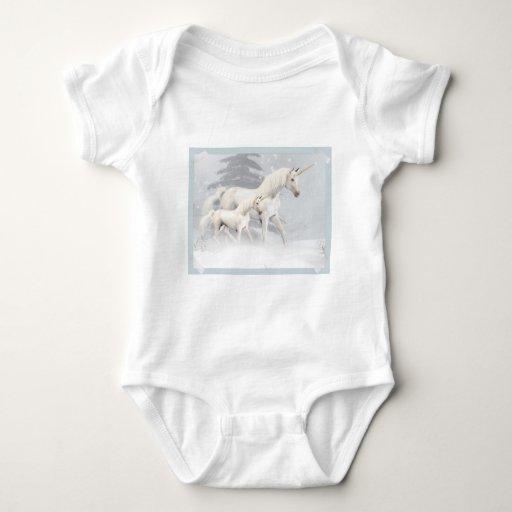 Unicornios lindos en la nieve 1 body para bebé