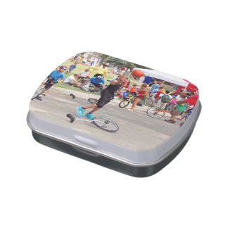 Unicyclist - Basketball - Street rules Candy Tin