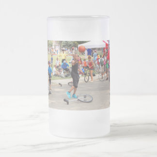 Unicyclist - Basketball - Street rules 16 Oz Frosted Glass Beer Mug