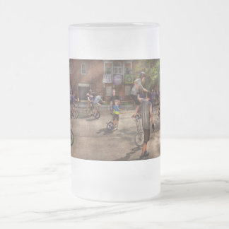 Unicyclist - Unicycle training camp Frosted Glass Beer Mug