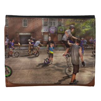 Unicyclist - Unicycle training camp Leather Tri-fold Wallet