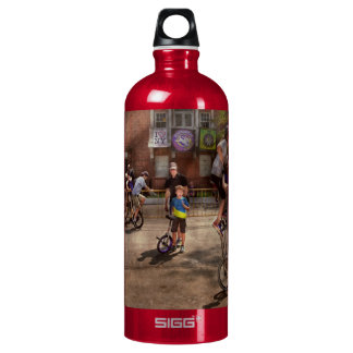 Unicyclist - Unicycle training camp Water Bottle