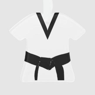 Uniforme de la correa negra de los artes marciales