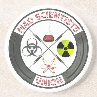 Unión enojada del científico posavasos de arenisca