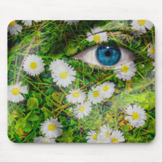 Unique Oxeye Daisy design on your cool gift Mouse Pad