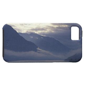 United Kingdom, Scotland. Loch Duich iPhone SE/5/5s Case