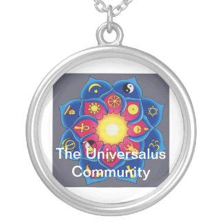 Universalus necklace
