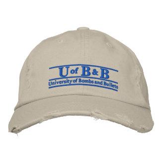 Universidad de bombas y de balas gorra de béisbol