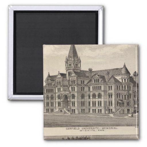 Universidad de Garfield, Kansas Imán Cuadrado