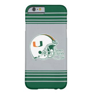Universidad de la marca del casco de Miami Funda De iPhone 6 Barely There